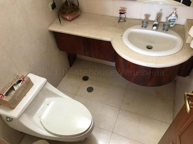 Apartamento Distrito Metropolitano>Caracas>El Hatillo - Venta:420.000 Precio Referencial - codigo: 21-15277