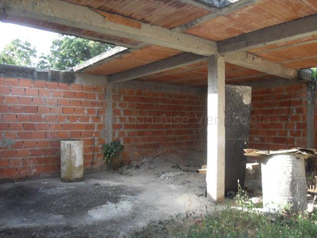 Terreno Carabobo>Municipio San Diego>La Lopera - Venta:10.500 Precio Referencial - codigo: 21-15276