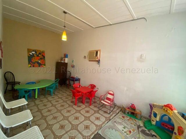 Casa Zulia>Maracaibo>Cecilio Acosta - Venta:24.000 Precio Referencial - codigo: 21-15371