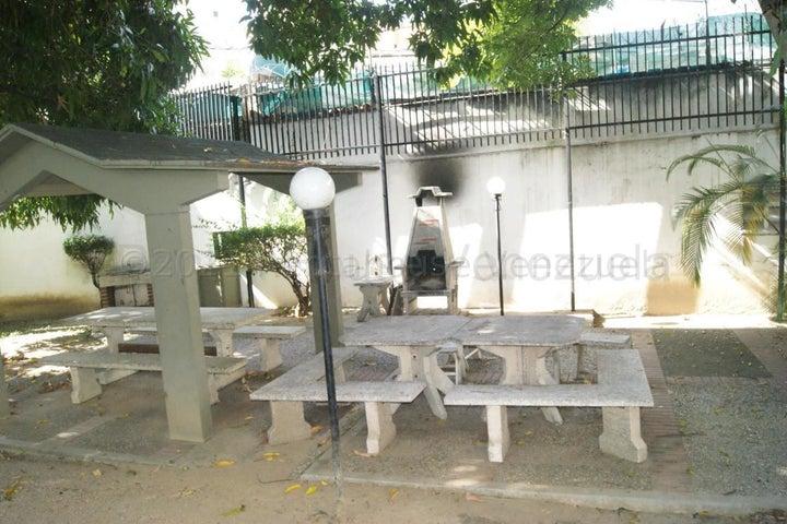 Apartamento Distrito Metropolitano>Caracas>La Campiña - Venta:150.000 Precio Referencial - codigo: 21-15378