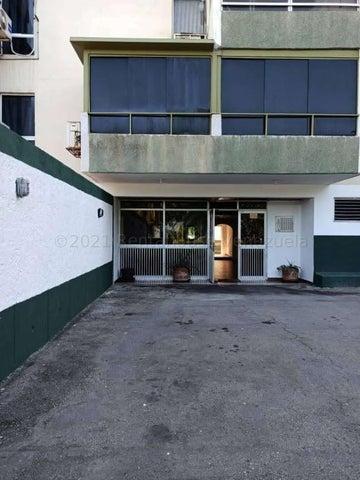 Apartamento Vargas>La Guaira>Macuto - Venta:43.000 Precio Referencial - codigo: 21-16878
