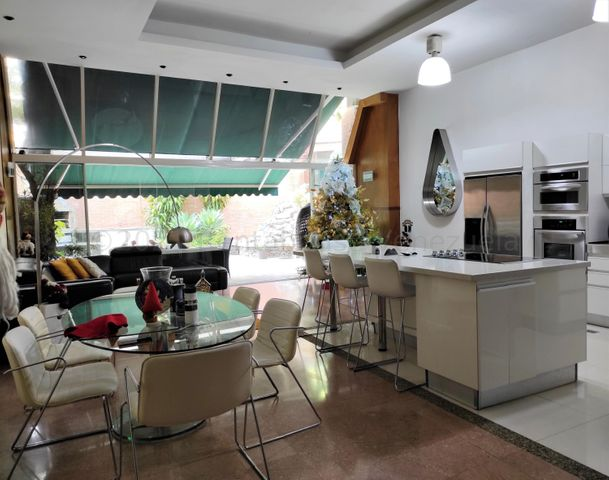 Apartamento Distrito Metropolitano>Caracas>Miranda - Venta:190.000 Precio Referencial - codigo: 21-15459