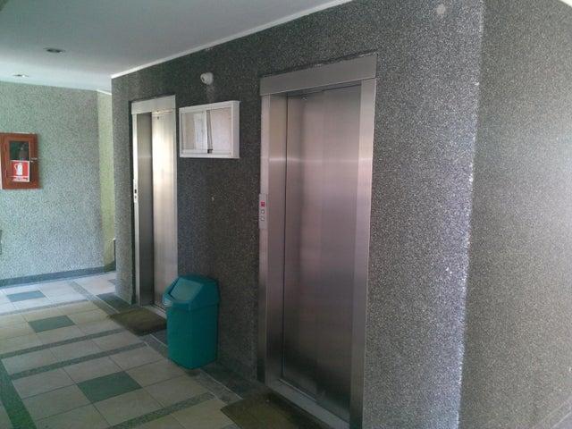 Apartamento Miranda>San Antonio de los Altos>Las Minas - Venta:105.500 Precio Referencial - codigo: 21-19532