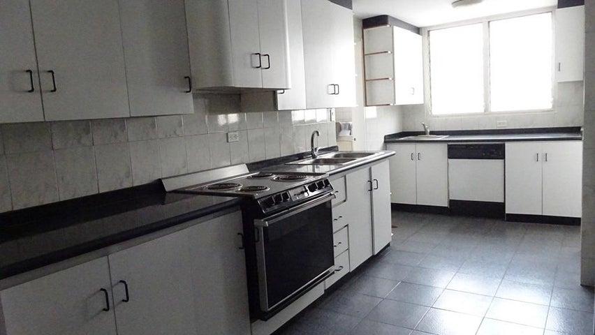 Apartamento Distrito Metropolitano>Caracas>La Florida - Venta:60.000 Precio Referencial - codigo: 21-15706