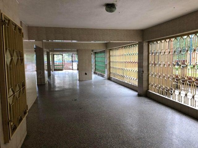 Apartamento Distrito Metropolitano>Caracas>Catia - Venta:19.950 Precio Referencial - codigo: 21-13401