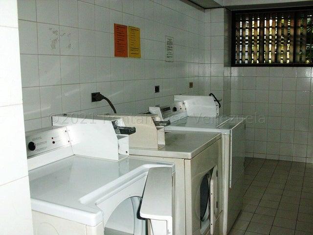 Apartamento Distrito Metropolitano>Caracas>La Florida - Venta:60.000 Precio Referencial - codigo: 21-16524