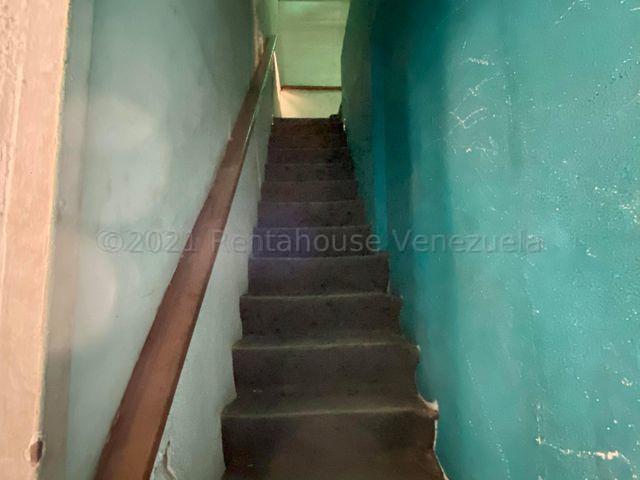 Casa Distrito Metropolitano>Caracas>Sabana Grande - Venta:376.000 Precio Referencial - codigo: 21-15777