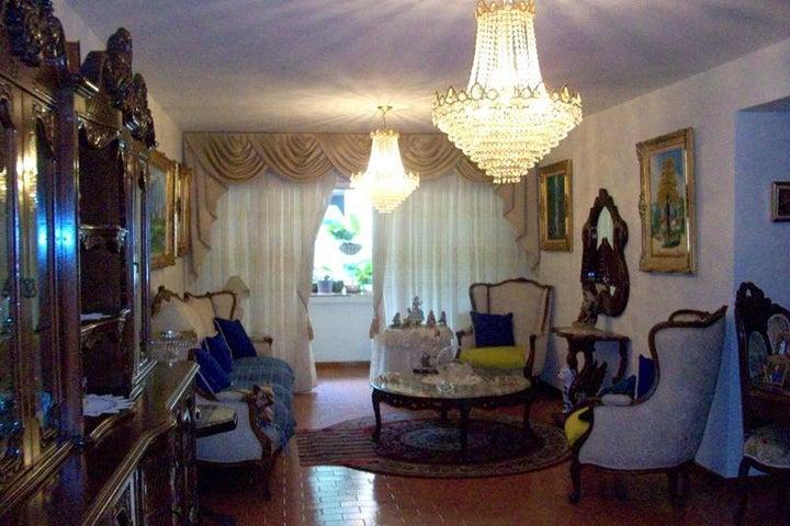 Apartamento Miranda>San Antonio de los Altos>Los Salias - Venta:41.000 Precio Referencial - codigo: 21-15823