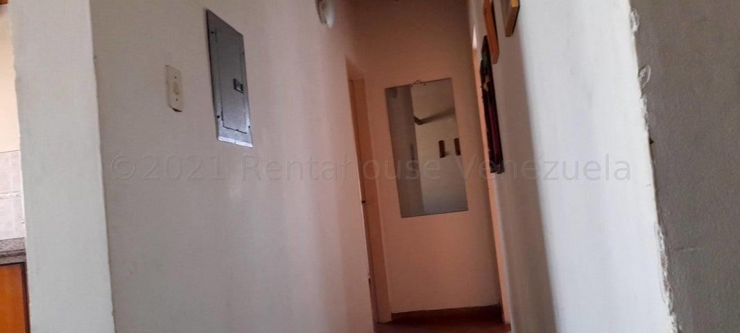 Casa Carabobo>Municipio San Diego>La Cumaca - Venta:36.000 Precio Referencial - codigo: 21-17001