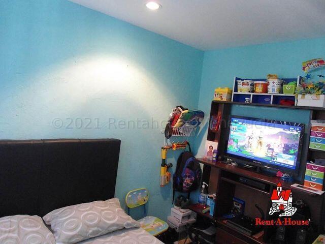Apartamento Aragua>Maracay>Zona Centro - Venta:13.000 Precio Referencial - codigo: 21-16037