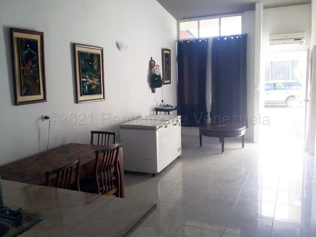 Casa Monagas>Maturin>Palma Real - Venta:16.800 Precio Referencial - codigo: 21-16053