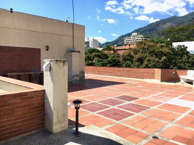 Apartamento Distrito Metropolitano>Caracas>La Castellana - Venta:470.000 Precio Referencial - codigo: 21-16121