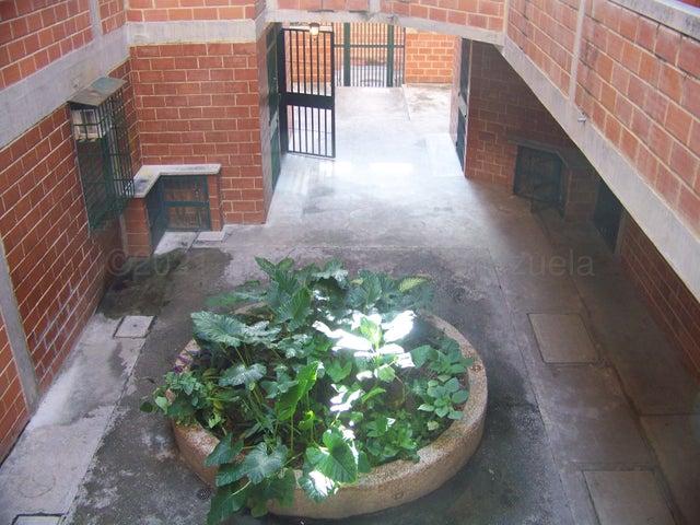 Apartamento Miranda>Guatire>Las Lomas - Venta:7.500 Precio Referencial - codigo: 21-16205