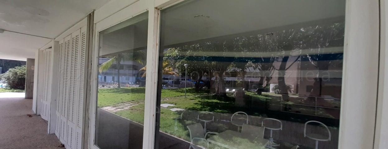 Apartamento Vargas>Parroquia Naiguata>Camuri Grande - Venta:38.000 Precio Referencial - codigo: 21-16294