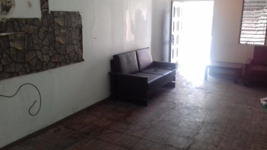 Casa Lara>Barquisimeto>Del Este - Venta:50.000 Precio Referencial - codigo: 21-16348