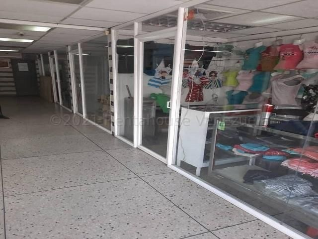 Local Comercial Lara>Barquisimeto>Centro - Alquiler:100 Precio Referencial - codigo: 21-16425