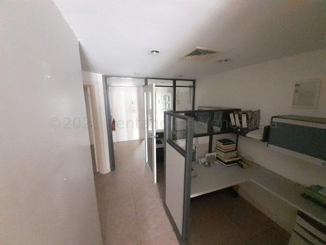 Local Comercial Distrito Metropolitano>Caracas>Campo Alegre - Venta:70.000 Precio Referencial - codigo: 21-16516