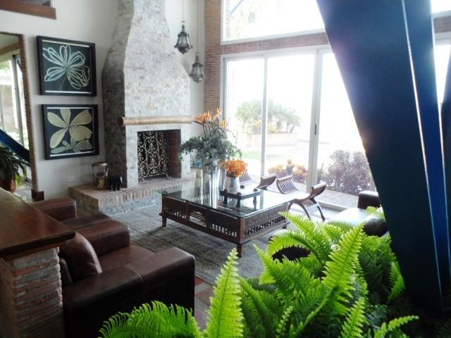 Casa Distrito Metropolitano>Caracas>Oripoto - Venta:590.000 Precio Referencial - codigo: 21-16519