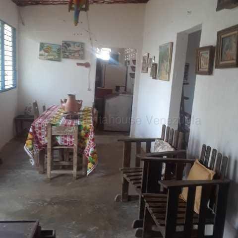 Terreno Lara>Municipio Urdaneta>Santa Lucia - Venta:115.000 Precio Referencial - codigo: 21-16932