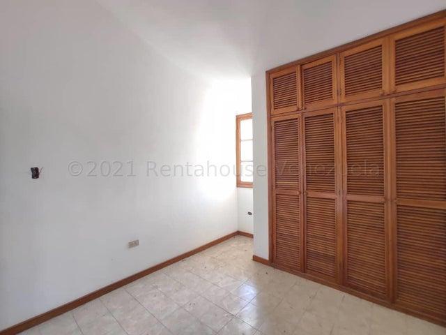 Townhouse Aragua>La Victoria>Guaracarima - Venta:75.000 Precio Referencial - codigo: 21-16555