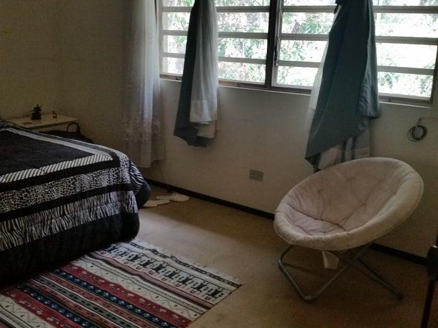 Casa Distrito Metropolitano>Caracas>El Hatillo - Venta:400.000 Precio Referencial - codigo: 21-16648