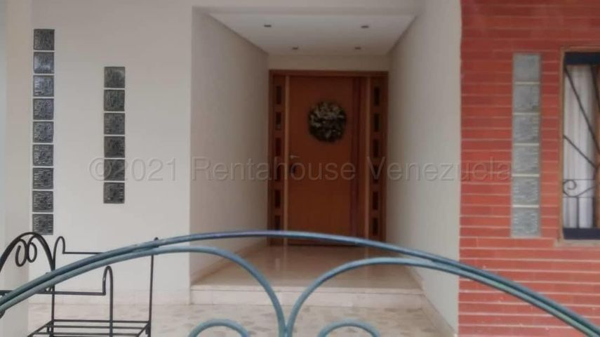 Casa Zulia>Maracaibo>Lago Mar Beach - Venta:400.000 Precio Referencial - codigo: 21-16715