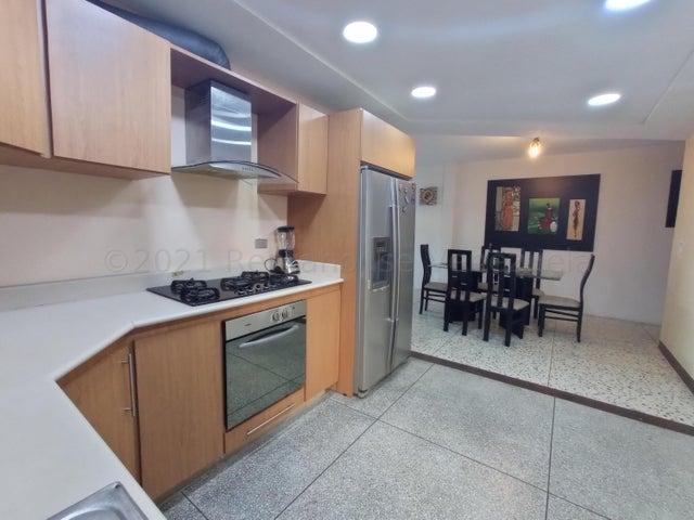 Apartamento Carabobo>Valencia>Trigal Sur - Venta:29.000 Precio Referencial - codigo: 21-16741