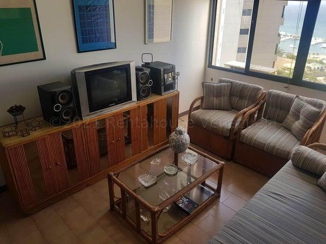 Apartamento Vargas>Catia La Mar>Playa Grande - Alquiler:300 Precio Referencial - codigo: 21-16748