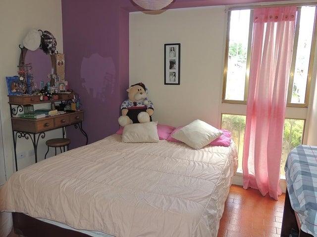 Apartamento Miranda>San Antonio de los Altos>La Morita - Venta:33.000 Precio Referencial - codigo: 21-16876