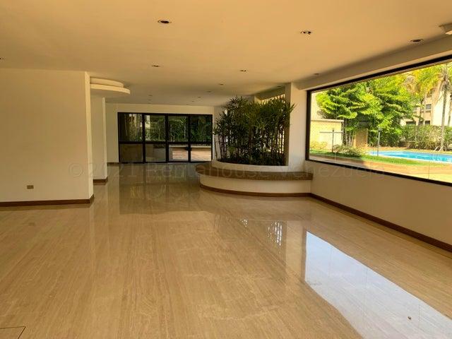 Apartamento Distrito Metropolitano>Caracas>Colinas de Valle Arriba - Alquiler:2.200 Precio Referencial - codigo: 21-16867
