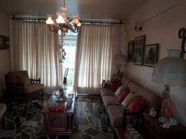 Apartamento Distrito Metropolitano>Caracas>Los Caobos - Venta:70.000 Precio Referencial - codigo: 21-16875