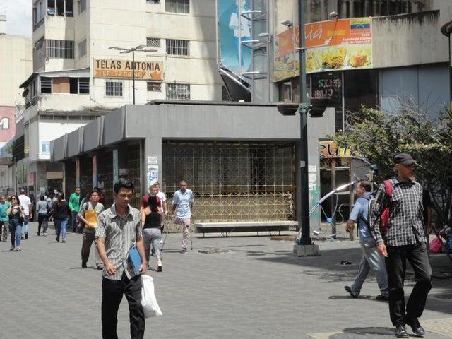 Oficina Distrito Metropolitano>Caracas>El Recreo - Venta:35.000 Precio Referencial - codigo: 21-16883