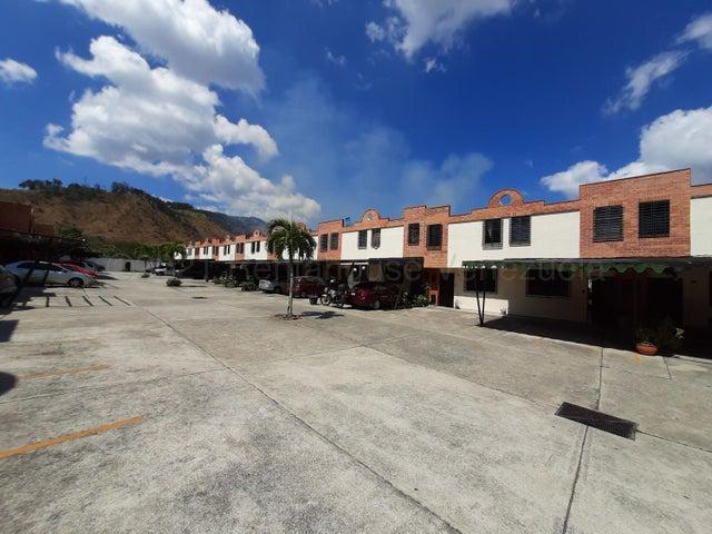 Townhouse Carabobo>Municipio Naguanagua>Barbula - Venta:23.500 Precio Referencial - codigo: 21-16892