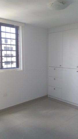 Apartamento Distrito Metropolitano>Caracas>Colinas de La Tahona - Venta:85.000 Precio Referencial - codigo: 21-16896