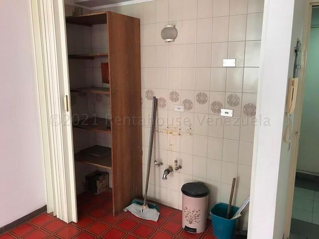 Galpon - Deposito Distrito Metropolitano>Caracas>Chacao - Alquiler:400 Precio Referencial - codigo: 21-16927