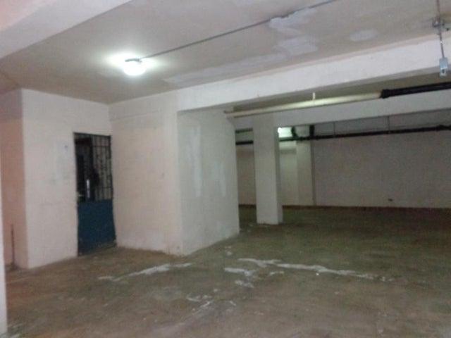 Local Comercial Distrito Metropolitano>Caracas>Parroquia La Candelaria - Venta:400.000 Precio Referencial - codigo: 21-16923