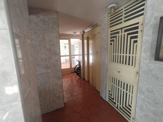 Apartamento Lara>Barquisimeto>Parroquia Concepcion - Venta:20.000 Precio Referencial - codigo: 21-16959