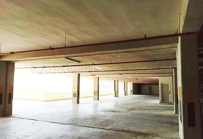 Apartamento Distrito Metropolitano>Caracas>La Lagunita Country Club - Venta:170.000 Precio Referencial - codigo: 21-16947