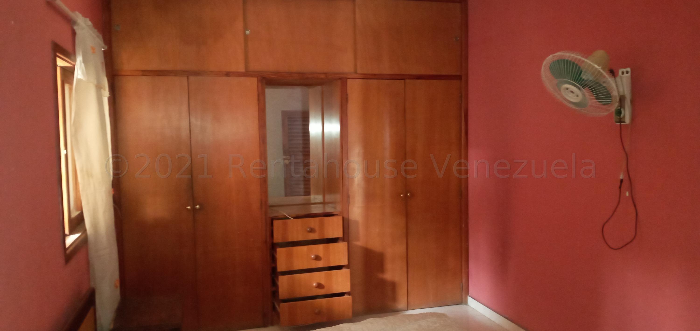 Casa Lara>Barquisimeto>Zona Este - Venta:40.000 Precio Referencial - codigo: 21-16962