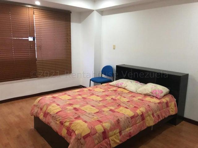 Apartamento Distrito Metropolitano>Caracas>La Boyera - Alquiler:450 Precio Referencial - codigo: 21-17006