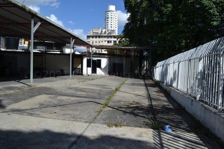 Local Comercial Distrito Metropolitano>Caracas>Colinas de Los Caobos - Venta:2.500.000 Precio Referencial - codigo: 21-20841