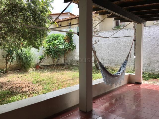 Casa Distrito Metropolitano>Caracas>Caurimare - Venta:310.000 Precio Referencial - codigo: 21-16978