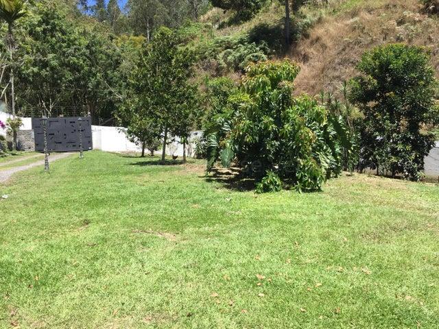Casa Distrito Metropolitano>Caracas>Monte Elena - Venta:270.000 Precio Referencial - codigo: 21-16976