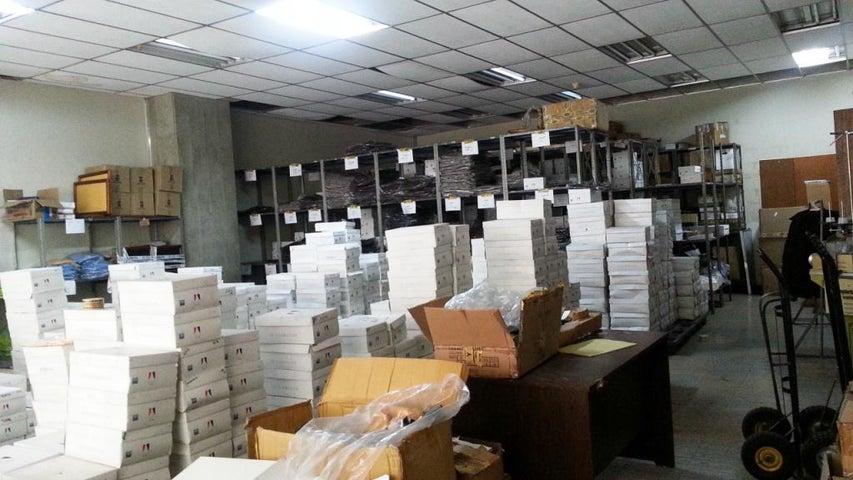 Industrial Distrito Metropolitano>Caracas>San Martin - Venta:120.000 Precio Referencial - codigo: 21-16984