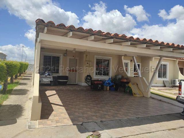 Casa Lara>Cabudare>Parroquia Cabudare - Alquiler:350 Precio Referencial - codigo: 21-16996