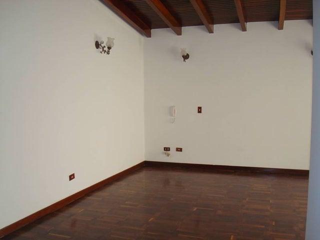 Casa Distrito Metropolitano>Caracas>Santa Marta - Venta:380.000 Precio Referencial - codigo: 21-16997