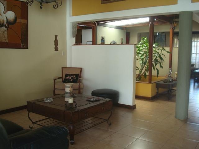 Casa Distrito Metropolitano>Caracas>Santa Fe Norte - Venta:320.000 Precio Referencial - codigo: 21-16999
