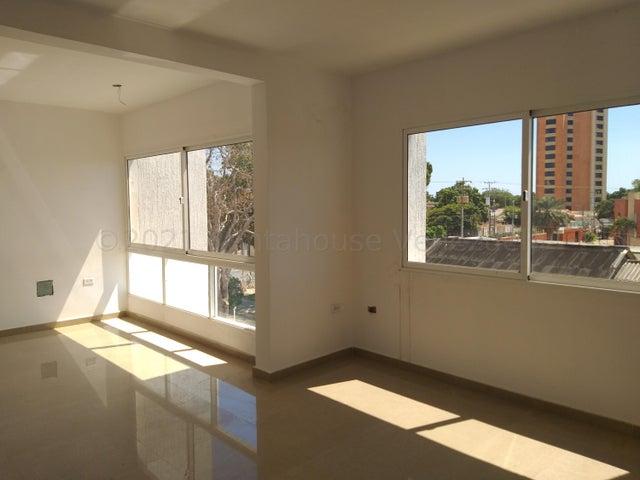 Townhouse Zulia>Cabimas>Ambrosio - Venta:45.000 Precio Referencial - codigo: 21-17017