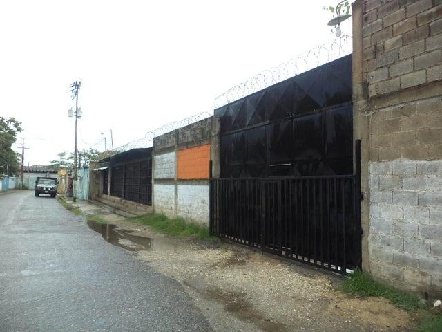 Galpon - Deposito Carabobo>Valencia>Flor Amarillo - Venta:100.000 Precio Referencial - codigo: 21-17130
