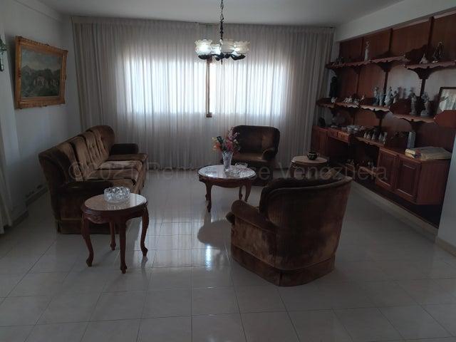 Casa Distrito Metropolitano>Caracas>Macaracuay - Venta:158.000 Precio Referencial - codigo: 21-17701